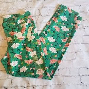 NWT Old Navy Pixie Mid Rise Ankle Length Pants